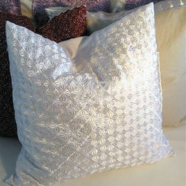 Moroccan Pillow – 26sqr Blanc