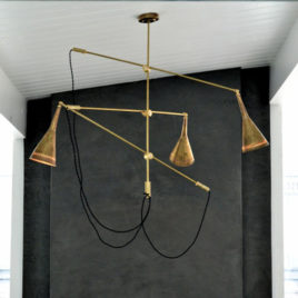 Contemporary Chandelier – Trois
