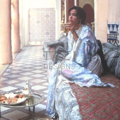 Enjoy Moroccan tea tradition!